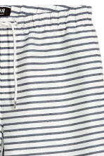 Short shorts - White/Striped - Men | H&M CN 3