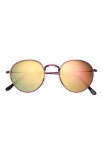 Sunglasses - Red/Yellow - Men | H&M 2