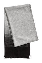 Herringbone-patterned scarf - Grey/Patterned - Men | H&M 2
