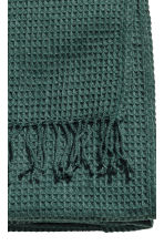 Waffled bedspread - Dark green - Home All | H&M CN 3