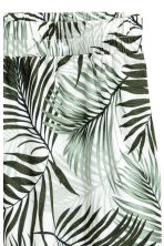 H&M+ Patterned shorts - White/Palm leaf - Ladies | H&M IE 3