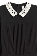 Dress with a lace collar - Black - Ladies | H&M GB 3