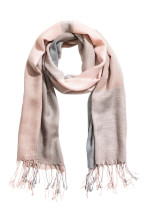 Light pink/Grey