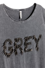 T-shirt with a motif - Dark grey - Ladies | H&M 4