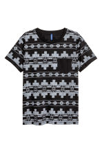 T-shirt with a chest pocket - Black/Patterned - Men | H&M 2