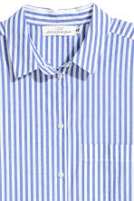 Wide cotton shirt - Blue/White striped - Ladies | H&M 3