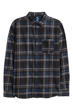 Checked flannel shirt - Dark blue/Grey - Men | H&M 1