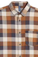 Checked flannel shirt - Brown/Beige - Men | H&M 2