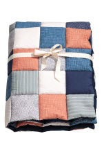 Quilted blanket - Multicoloured - Kids | H&M 1