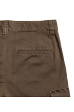 Cargo shorts - Dark Khaki - Men | H&M 3