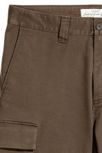 Cargo shorts - Dark Khaki - Men | H&M 4