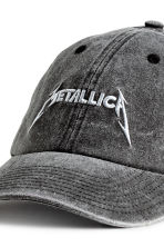 Cap with embroidery - Grey black/Metallica - Men | H&M 3