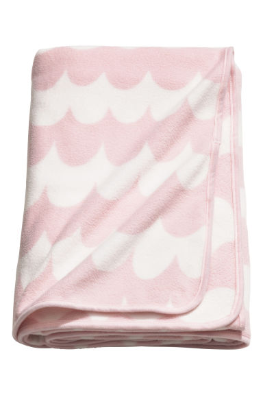 Fleece blanket - Light pink/Patterned - Home All | H&M GB 1