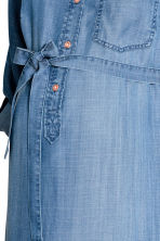 MAMA Lyocell denim dress - Blue - Ladies | H&M CA 3