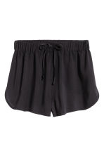 Korta shorts - Svart - Ladies | H&M SE 2