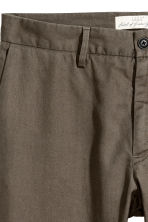 Linen-blend trousers - Khaki - Men | H&M 4