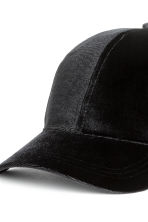 Velvet cap - Black - Ladies | H&M 3