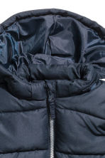 Padded jacket with a hood - Dark blue -  | H&M 2
