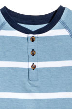 Short-sleeved Henley shirt - Blue/White/Striped -  | H&M 3