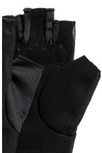 Gym gloves - Black - Ladies | H&M CN 2