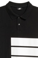 Polo shirt with a print motif - Black - Men | H&M 3