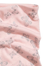 Jersey tube scarf - Powder pink/Butterflies - Kids | H&M 3