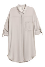 Oversized shirt - Grey beige - Ladies | H&M CN 2