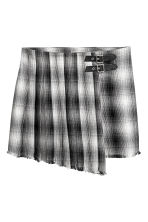 Wrapover skirt - Black/White checked - Ladies | H&M CN 2