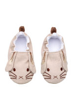 Soft slippers - Beige/Rabbit -  | H&M CA 1