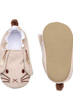 Soft slippers - Beige/Rabbit -  | H&M CA 3