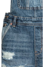 Denim dungaree shorts - Denim blue - Ladies | H&M 4