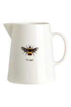 Porcelain jug with motif - White/Bee - Home All | H&M GB 1