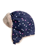Hat with earflaps - Dark blue/Hearts - Kids | H&M CN 2