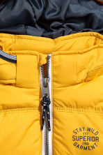 Padded gilet with a hood - Yellow - Kids | H&M 3