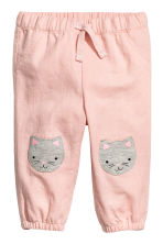 棉質鬆緊式長褲 - Powder pink/Cat - Kids | H&M 1