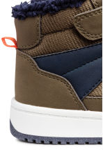 Pile-lined hi-tops - Khaki/Dark blue -  | H&M CN 4