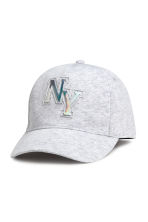 Cap with an appliqué - Light grey marl -  | H&M CA 1