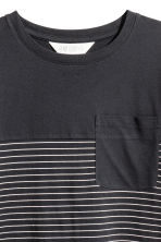 Block-coloured T-shirt - Black/Striped - Kids | H&M CN 2