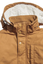 Padded parka with a hood - Camel -  | H&M 3