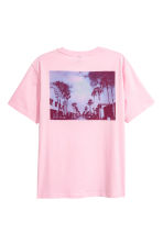 Printed T-shirt - Light pink/Palms - Men | H&M 3