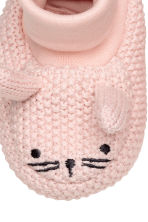 Knitted bootees - Light pink -  | H&M CN 4