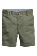 Chino shorts - Khaki green - Kids | H&M CA 2