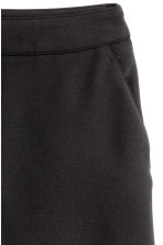 Crêpe shorts - Black - Ladies | H&M CN 3