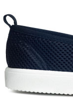 Mesh slip-on trainers - Dark blue -  | H&M 4