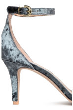 Crushed velvet sandals - Grey - Ladies | H&M 5