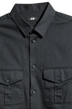Utility shirt Regular fit - Black - Men | H&M CN 3