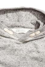 Knitted hooded jumper - Grey marl - Kids | H&M 3