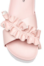 Frilled platform mules - Light pink - Ladies | H&M 3