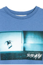 Printed sweatshirt - Blue/Skateboard - Kids | H&M 3