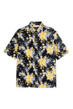 Short-sleeved cotton shirt - Dark blue/Floral - Men | H&M 2